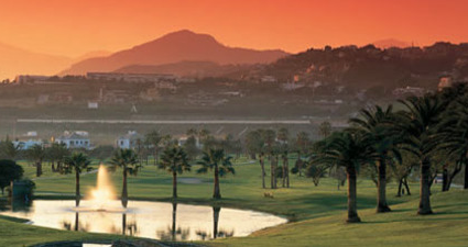 Apartment by Golf Nueva Andalucia