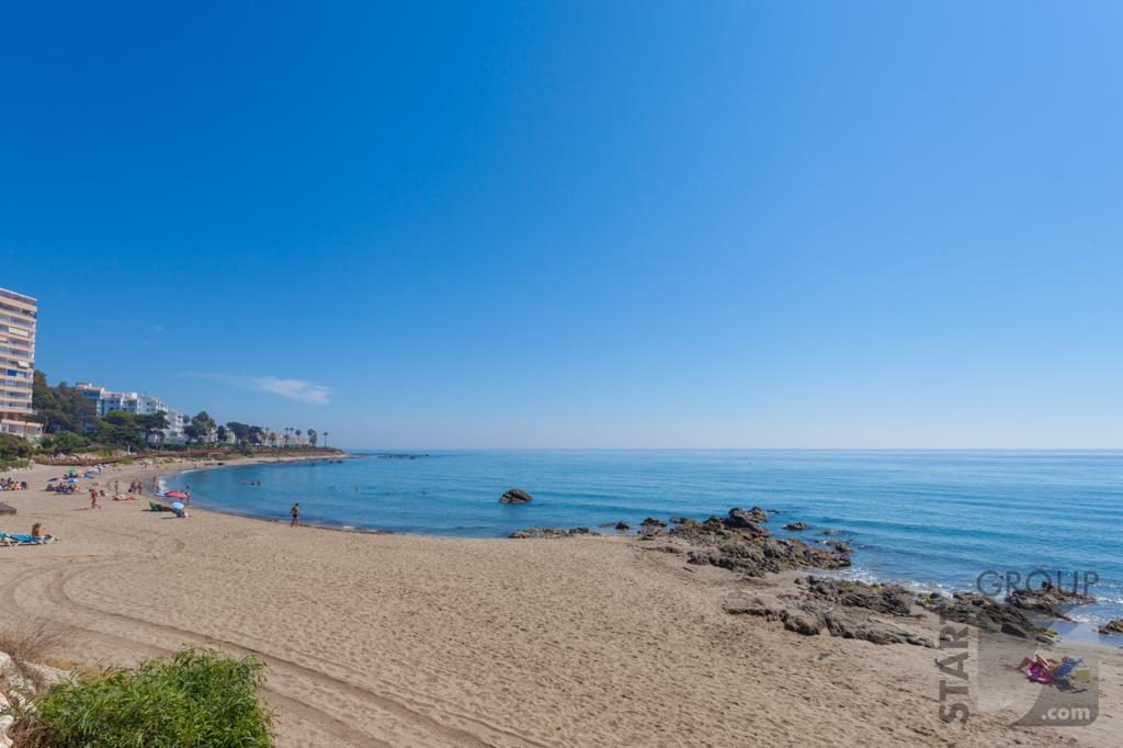 Apartments by the beach Riviera del Sol