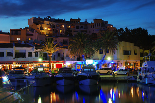 Restaurants by the sea