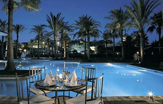 Club pool in Sotogrande