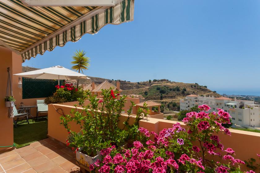 Apartment in Calahonda For sale
