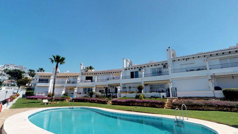 Townhouse for sale in Riviera del Sol Costa del Sol Malaga close to the beach